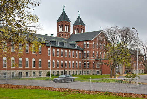 St. Joseph Hospital School of Anesthesia for Nurses With the University of New England